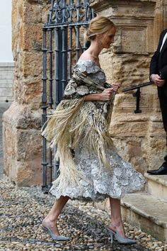 Alejandro Santo Domingo Pictures and Photos Lady Charlotte Wellesley, Laura Santos, Germany Fashion, High Fashion, Womens Fashion, Folk Costume, Boho Look, Business Attire, The Chic