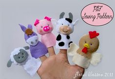 Farm animal felt finger puppets - I have wanted to do something like this, but as part of a glove to keep them from getting lost. Great for traveling.