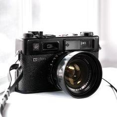 Yashica Electro 35 GT - vintage rangefinder camera