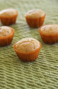 Healthy lemon poppyseed muffins!