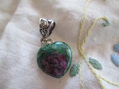 Ruby Fuchsite heart pendant. Starting at $12 on Tophatter.com!