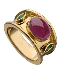 Ruby Cabochon Ring Is this male? Prob not but I like it