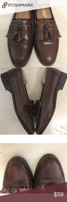 Mario Bruno Classic Leather Tassel Shoe MARIO BRUNI Men's Size 8 Brown Leather Tassel Loafer Dress Shoes  Excellent condition  Ships next business day after payment has been received Mario Bruni Shoes Loafers & Slip-Ons