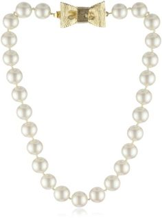 this kate spade pearl necklace with bow clasp and tons more women's fashion, jewelry, shoes and gifts are still available for FREE OVERNIGHT SHIPPING now through 12/23!!