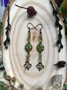 Vintage flower jewelry, Long earring, Elven jewelry, Elven earrings, Green jewelry, Forest earrings