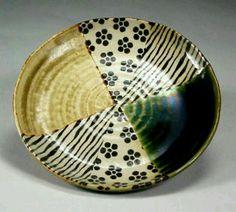 stoneware oribe style plate 14cm., Takahashi