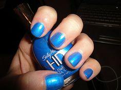 TiffanyD: Blu-Ray nails... kind of.