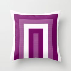 Deco cushion by Cate Legnoverde
