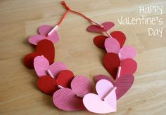 20 Ideas for a Classroom Valentine's Party - with hearts and straws and yarn create this cute and fun valentine's day lei