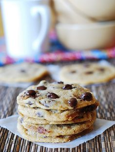Simple recipe for perfect chocolate chip cookies: soft and chewy on the inside and crispy on the outside   JuliasAlbum.com