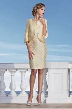 Vestidos de madrina para bodas 2017, selección de los mejores diseñadores, alta costura en Barcelona y modistería a medida. Vestidos de madrina largos y cortos.