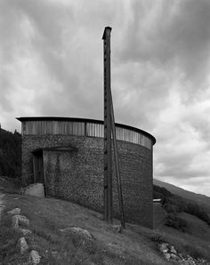Peter Zumthor - Saint Benedict Chapel, Sumvitg 1988. Amazing photographs by Hans Danuser & Hélène Binet. Own scans from here and here.