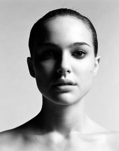 Natalie Portman-pretty much the only woman that can pull off the bald look and still look shmexy