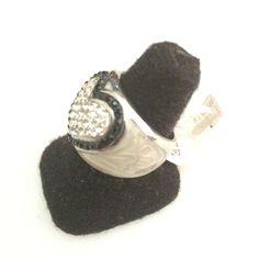 http://littlemich.com/wp-content/uploads/2015/03/IMG_3753-1024x1024.jpg Anillo Fashion Corazón con blanco #Joyería #Bisutería - http://littlemich.com/tienda/anillos/anillo-fashion-corazon-con-blanco/