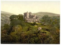 Dollar - Castle Campbell