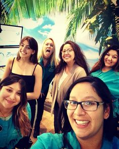 #nationalselfieday !!! And #summersolstice !!! Show us your #silly #selfie !!!  #thursday #fridayjr #beachbraces #comesmilewithus #manhattanbeach #southbay #beach #braces #acceledent #invisalign #saycheese #smile #nailedit Friday Jr, Facebook Timeline, Summer Solstice, Adult Children, Braces, Manhattan, Thursday, Selfie, Smile
