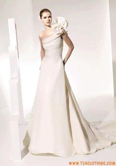 0323e6d7d7042e 192 beste afbeeldingen van Bruidsjurken 2017 - Wedding gowns ...