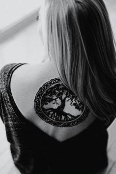 tree of life tattoo | Woman with Tree of Life Tattoo - One Mans Blog