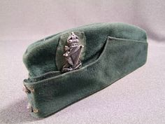 Royal Ulster Rifles officers side cap, £115