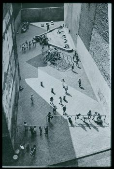 Aldo Van Eyck, Amsterdam playground