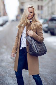 Sofis Snapshots Photos by Rami Hanna  //Coat Morris//T-shirt H&M//Jeans Anine Bing//Boots Saint Laurent//Bag Goyard//