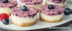 Twee lagen bosvruchten mini cheesecakejes (Leuke recepten)