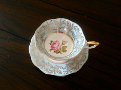 Elegant beauty- Royal Standard Fine Bone China English Blue and Gold Gilt Floral Tea cup set