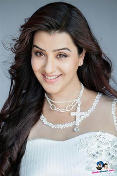 Actress from TV serials, Shilpa Shinde has played comedy roles in Maiyka, Bechara Big B, Lajpathganj - Ek Baar Phir and Bhabhi.Shubhangi Atre had relaced her in Chidiya Ghar. Now again Shilpa Shinde will play the role of character Koyal. Beautiful Girl Photo, Beautiful Gorgeous, Tv Girls, Prettiest Actresses, Star Girl, Indian Designer Outfits, Beautiful Indian Actress, Bollywood Celebrities, Cute Faces