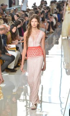 Tory Burch - YouTube Live From The Runway