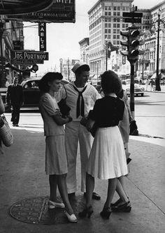 Dirty Sailors. Melting panties since 1947 // Louisiana 1947 Photo: Henri Cartier-Bresson