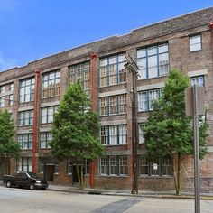 SOLD! 1111 S. Peters Street, Unit #105, New Orleans, LA $195,000, Warehouse District, 1 Bedroom /1 Bath Condo, New Orleans Real Estate
