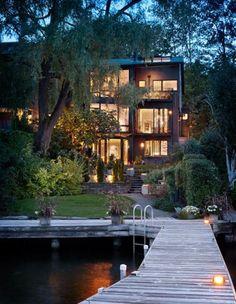 Beautiful lakeshore residence with abundant windows bluepueblo: Lake Dock, Seattle, Washington photo via ollie