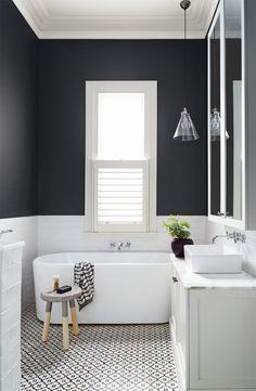 banheiros preto e br