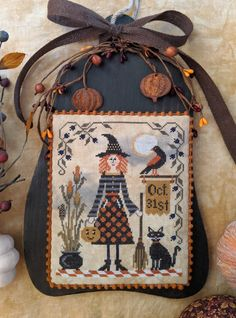 Cross Stitch Kits, Cross Stitch Embroidery, Cross Stitch Patterns, Halloween Cross Stitches, Halloween Quilts, Hand Embroidery Projects, Crochet Projects, Knitting Projects, Mill Hill Beads