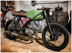renzzaun Mopedz on Instagra - Café Racer - Motorrad Vintage Moped, Vintage Motorcycles, Custom Moped, Custom Bikes, Simson Moped, Bobber Style, Motorized Bicycle, Oldschool, Street Racing