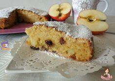 In questi giorni avevo in mente di fare una torta all'acqua, ho visto diverse ricette nel web , e ne ho creata una tutta mia unendo i miei tre ingredienti preferiti mele, cannella e uvetta !