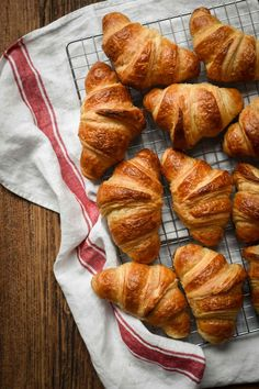 This three-day version of my Classic French Croissant is the real deal! There are no shortcuts, but you will achieve the closest thing to real French Bakery Croissants (if not the same). The three … French Croissant, Croissant Recipe, French Bakery, French Food, Petite Outfits, Learn French, Rolling Pin, Food Styling, Catering
