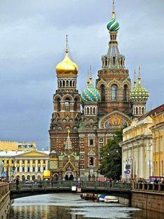 San Petesburgo, Rusi