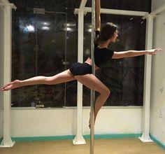 222 vind-ik-leuks, 5 reacties - Pole Fit Egypt (@polefitegypt) op Instagram: 'Making the prettiest shapes in tricks class ❣️Heliopolis last night with @caro.daboin #polefitegypt…'