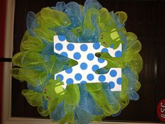 Frog initial deco mesh wreath. This was made as a teacher's gift for my niece.