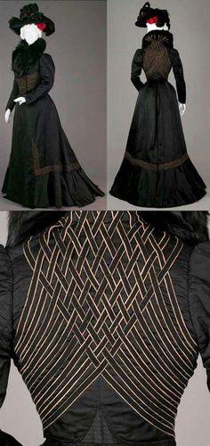 Ensemble, LaFerrière, Paris, Suit of black ribbed silk. 1900s Fashion, Edwardian Fashion, Vintage Fashion, Edwardian Era, Victorian Era, Antique Clothing, Historical Clothing, Belle Epoque, Vintage Dresses