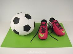 Cristiano Ronaldos shoes - Real size ball and shoes replica – the real  shoes belongs to 971ddf47d4255