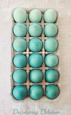 DIY Ombre Easter Eggs Who is ready for Spring? These simple DIY Easter eggs add elegance to any Spring table