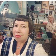 Client selfies for the win. Thanks @rhina_dt we  you too! #vintagehair #eastlondon #shoreditch