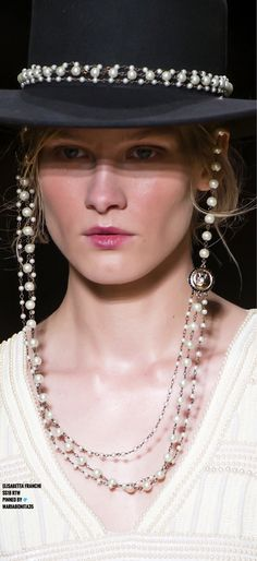 Elisabetta Franchi SS18 RTW Details Real Pearls, Love And Light, Fashion Wear, Backstage, Attraction, Mad, Women Wear, Passion, Detail