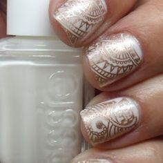 Gold nail art pin white essie