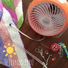 Tejiendo en verano... con un ventilador al costado! Ni el calor hará que dejemos de tejer ☺️ #crochet #summer #knit
