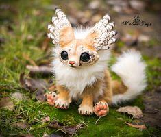 poseable Winged fox by MalinaToys on DeviantArt Magic Creatures, Cute Fantasy Creatures, Cute Creatures, Mythical Creatures, Mystical Animals, Cute Baby Animals, Art Dolls, Fantasy Art, Kawaii