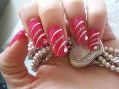 15 Diseños de Uñas Elegantes para completar tu Look - Manicure