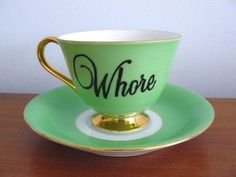 what a great thing to drink your tea out of! :)